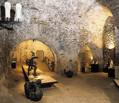 International Gallery of Ceramic Design in Václav´s Cellars at the Český Krumlov Castle, 2000