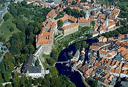 Aerial photo of Český Krumlov State Castle and Chateau, photo: Lubor Mrázek